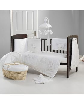 Obaby B Is For Bear Quilt & Bumper Set- White